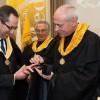 Oliveirense foi distingido com o título Doutor Honoris Causa
