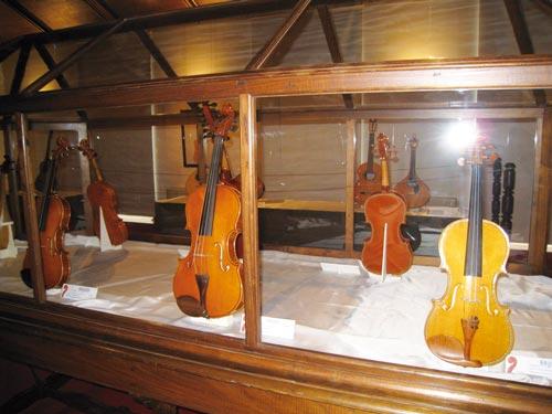 Ed684_Violinos-Expo-EngCapela_IMG_1747